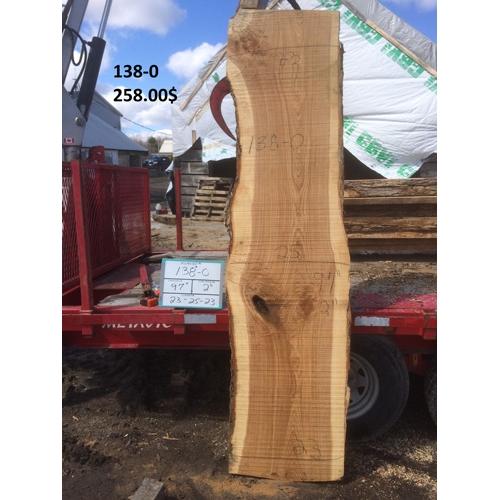 pr s de montr al cette slab de bois 96 pouces de long avec une largeur minimum de 26 pouces de. Black Bedroom Furniture Sets. Home Design Ideas
